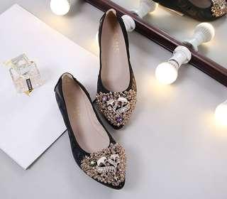 Women's Korean-style Rhinestone Pointed Toe Soft Sole Shoes