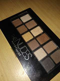 Pallet eyshadow maybelline the nudes