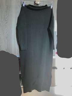 🚚 軍綠針織高領開叉長洋裝