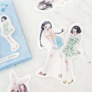 (PO) Girls and Fashion Postcards