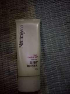 Neutrogena fine fairness