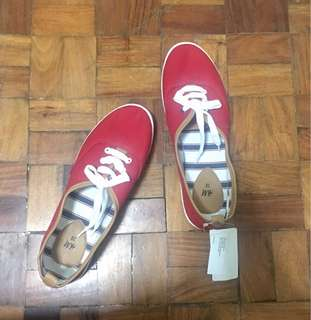 H&M Red Shoes