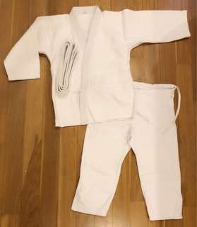 Kids Judo Uniform (age 6-8)