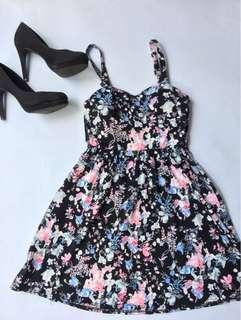 Floral Dress (Backless)