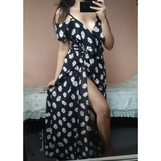 Black Floral Wrap Maxi Dress 💕