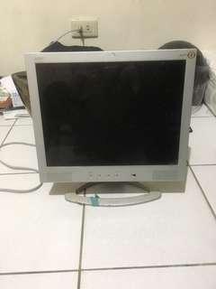 🚚 電腦螢幕