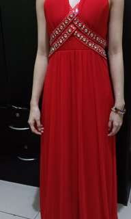 RENTING - DRESS/LONG DRESS/PARTY DRESS/RED DRESS