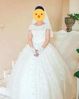 Wedding gown ekor panjang
