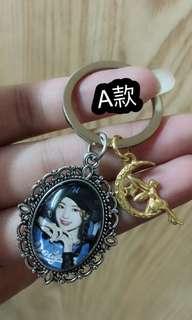 韓國女團「 TWICE 」時光寶石鑰匙圈