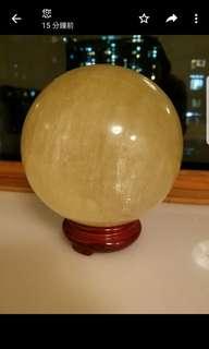 大大個催財水晶球