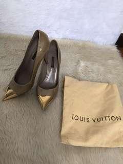 Louis Vuitton heels (authentic)