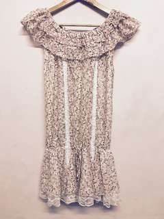 🚚 夏日小碎花花蕾絲洋裝 多種穿法