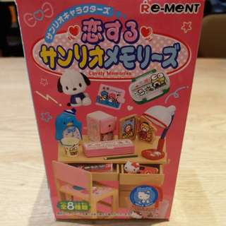 Sanrio Lovely memories 菓子玩具