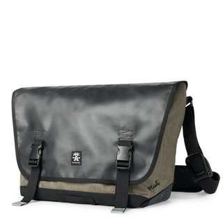 LIMITED EU EDITION Crumpler Muli messenger Sling Bag (L) Black Tarpaulin 2105