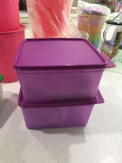 Tupperware ezy keeper purple 2L (2)