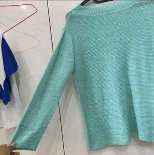 Sweater knit rajut halus