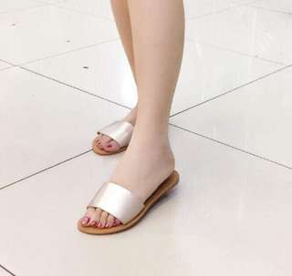 MAY 18 SANDALS (DEO)