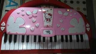 Hello Kitty electric piano