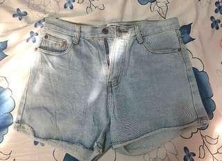 Lightwashed High Waisted Shorts (29)
