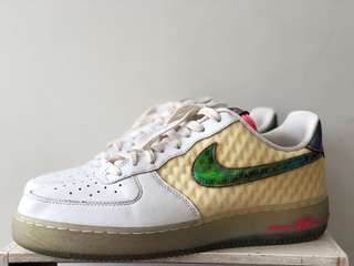 Nike Air Force 1 Low Hyper Punch