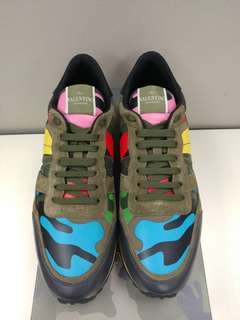 Valentino Sneakers with stud Army Green Size 43.5