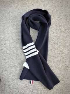 TB 圍巾