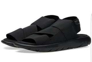 Y3 sandal sepatu😆