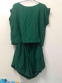 綠色雪紡套裝