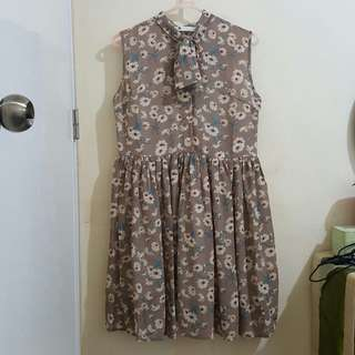 Korean Brown Flowery Dress with Ribbon