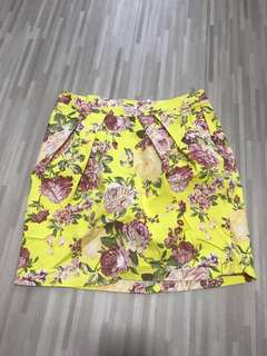 Floral tulip skirt yellow