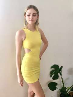 ⚡️YELLOW MINI DRESS ⚡️ size 4-6