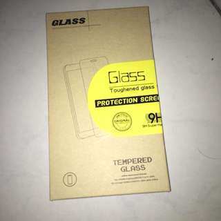 IPHONE 6 PLUS TEMPERED GLASS (NEGOTIABLE!)