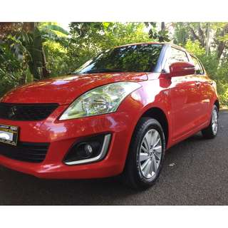 Suzuki Swift hatchback 2016 Top of the Line! like new superb condition!