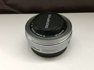 🈹🈹🈹 Olympus M. Zuiko Digital 14-42mm 1:3.5-5.6 m43 EZ 電餅鏡頭