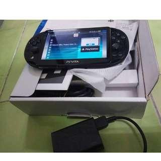 展示品 PSV PS Vita PCH-2007 送斯指小郵差 遊戲片 18.5原廠保固一年