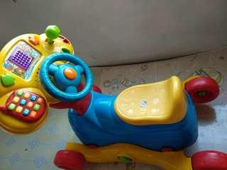 小童室內搖搖椅/玩具車