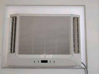 日立窗型冷氣5-7坪 RA36-WK 附腳架 自售 限自取不寄送
