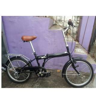 AMERICAN EAGLE FOLDING BIKE (FREE DELIVERY AND NEGOTIABLE!)