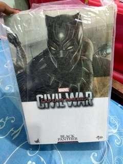 "Wts Hot toys Civil War ""Black Panther""."