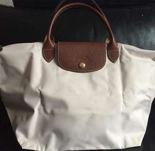 Classic Longchamp beige medium shorthand original bought it from france