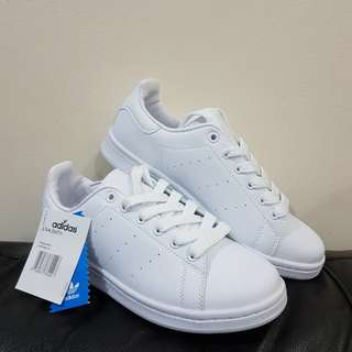 ADIDAS STAN SMITH ALL WHITE OEM 24CM (US SIZE 7 WOMEN'S)