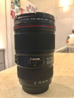 Mint condition Canon 16-35mm F/4 IS L Lens