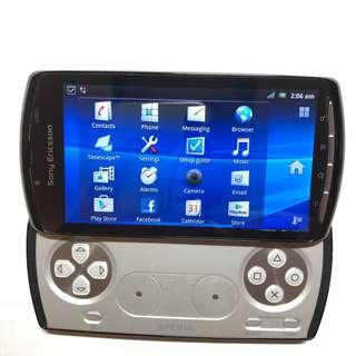 Sony Ericsson Xperia Play (3G+Wifi) Android - Retro Gaming