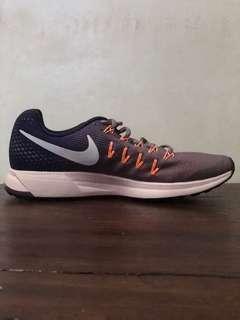 New Nike Zoom Women Size 9