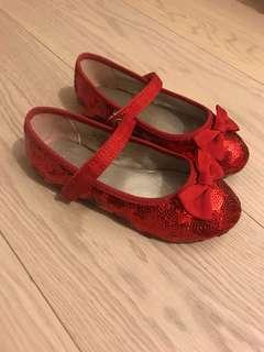 Elegant Red Shoe - Size 25/26 US9