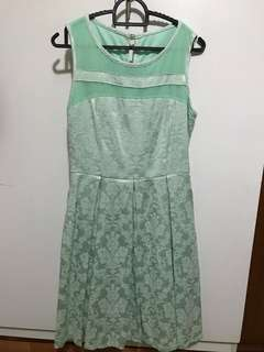 Dinner dress with lace Mint color
