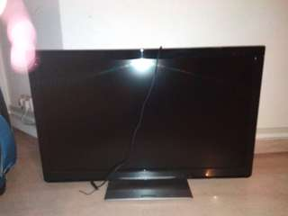 Panasonic TV - selling for parts only