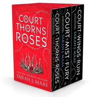 A COURT OF THORNS AND ROSES (PAPERBACK BOX SET)