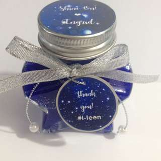 Scented gel candle souvenirs