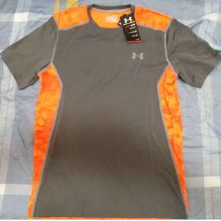 Under Armour Men's Heat Gear Shirt - M - Grey and Orange
